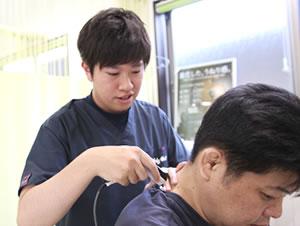 藤枝市 坂本接骨院・鍼灸院の肩こりの治療でハイボルト